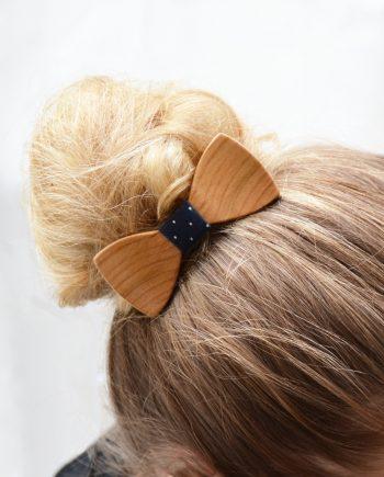 Drevený motýlik do vlasov - európska čerešňa