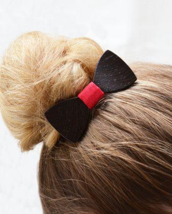 Drevený motýlik do vlasov - wenge