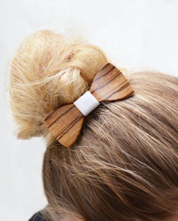 Drevený motýlik do vlasov - zebrano