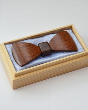 Drevený motýlik tvarovaný special - mahagón