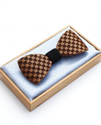 Drevený motýlik tvarovaný - orech beľ šachovnica