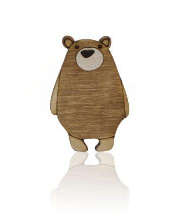 Drevená maľovaná brošňa - Medveď Biely
