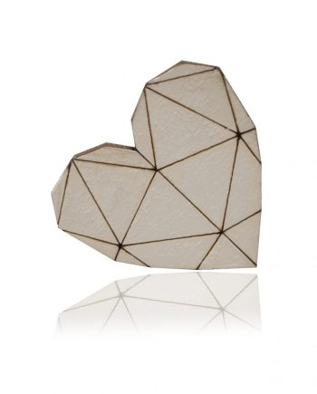 Drevená maľovaná brošňa - Srdce biele