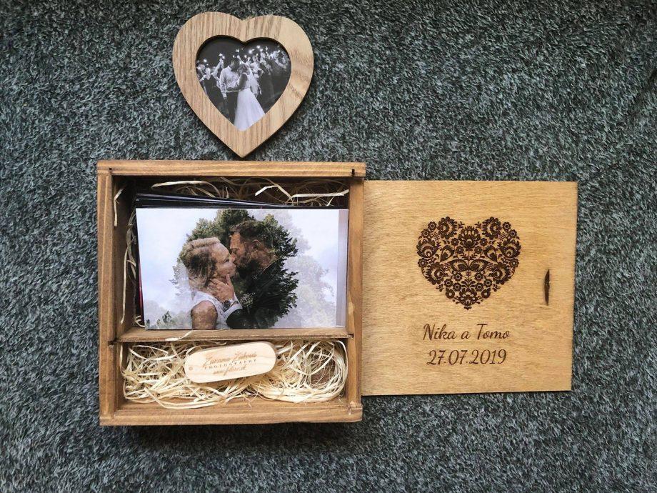 Drevená krabička na fotografie