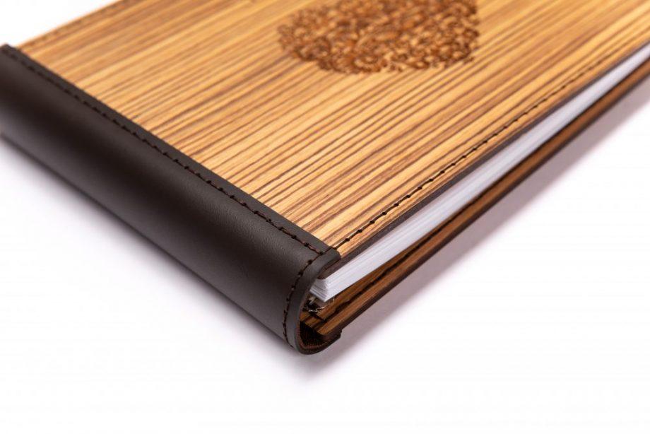 Luxusný drevený fotoalbum - Zebrano